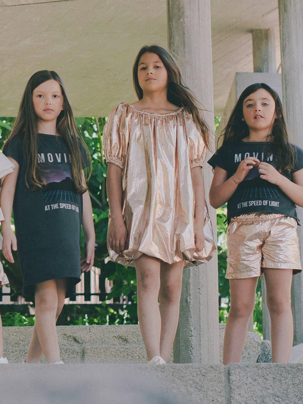T-shirt Preta Estampada   Andorine