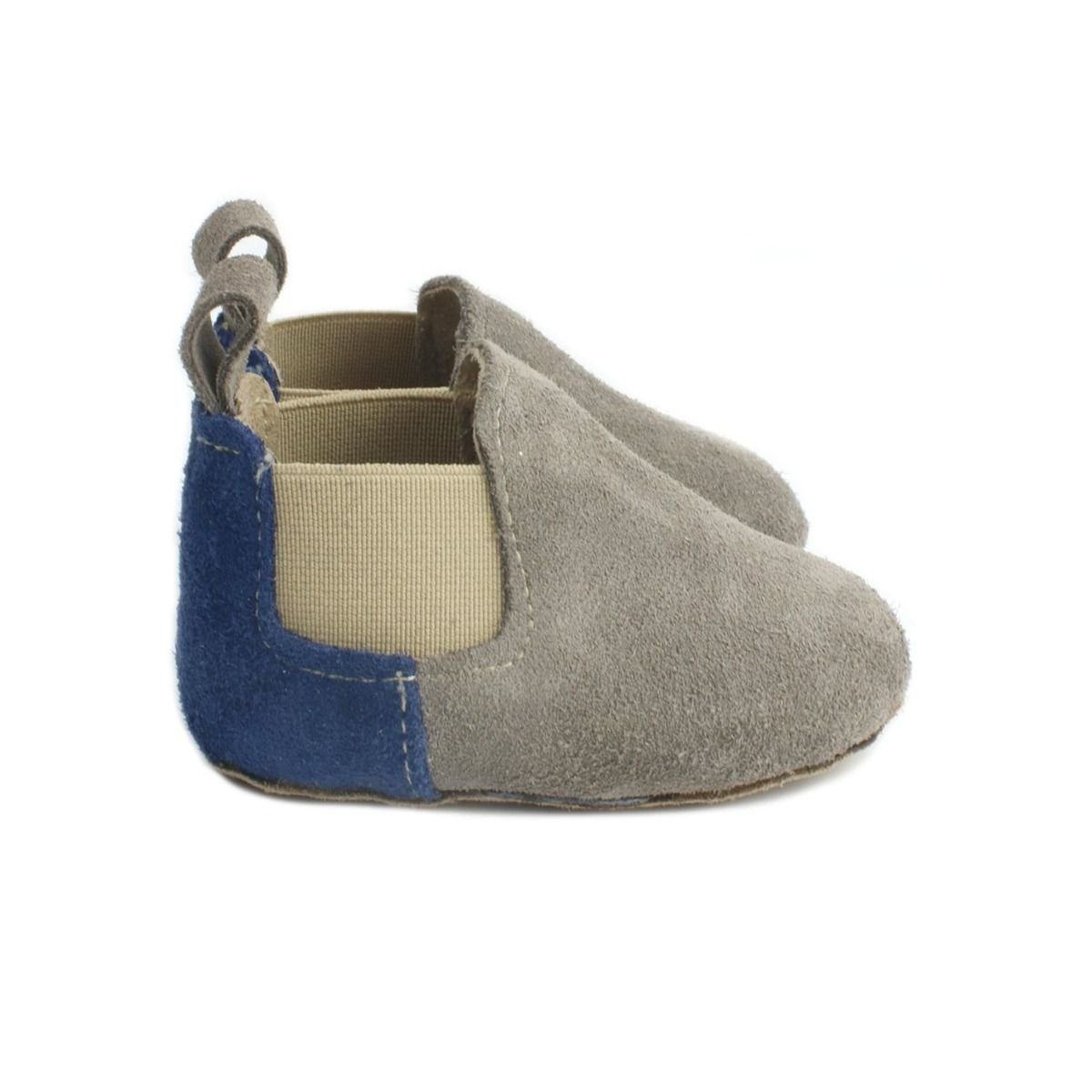 Baby boots in grey suede with blue panel on the heel