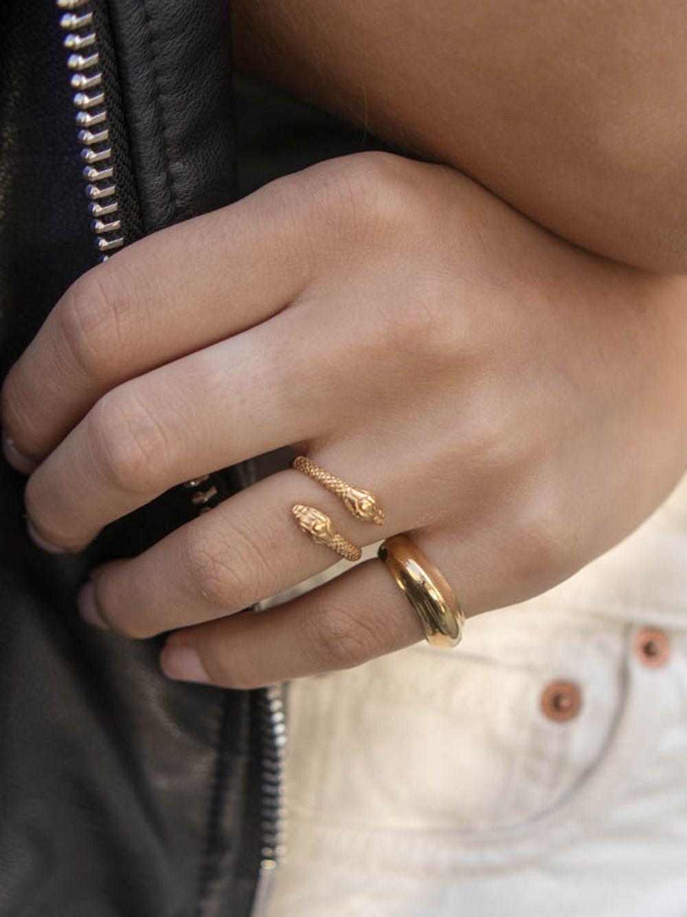 Anel Wave Dourado