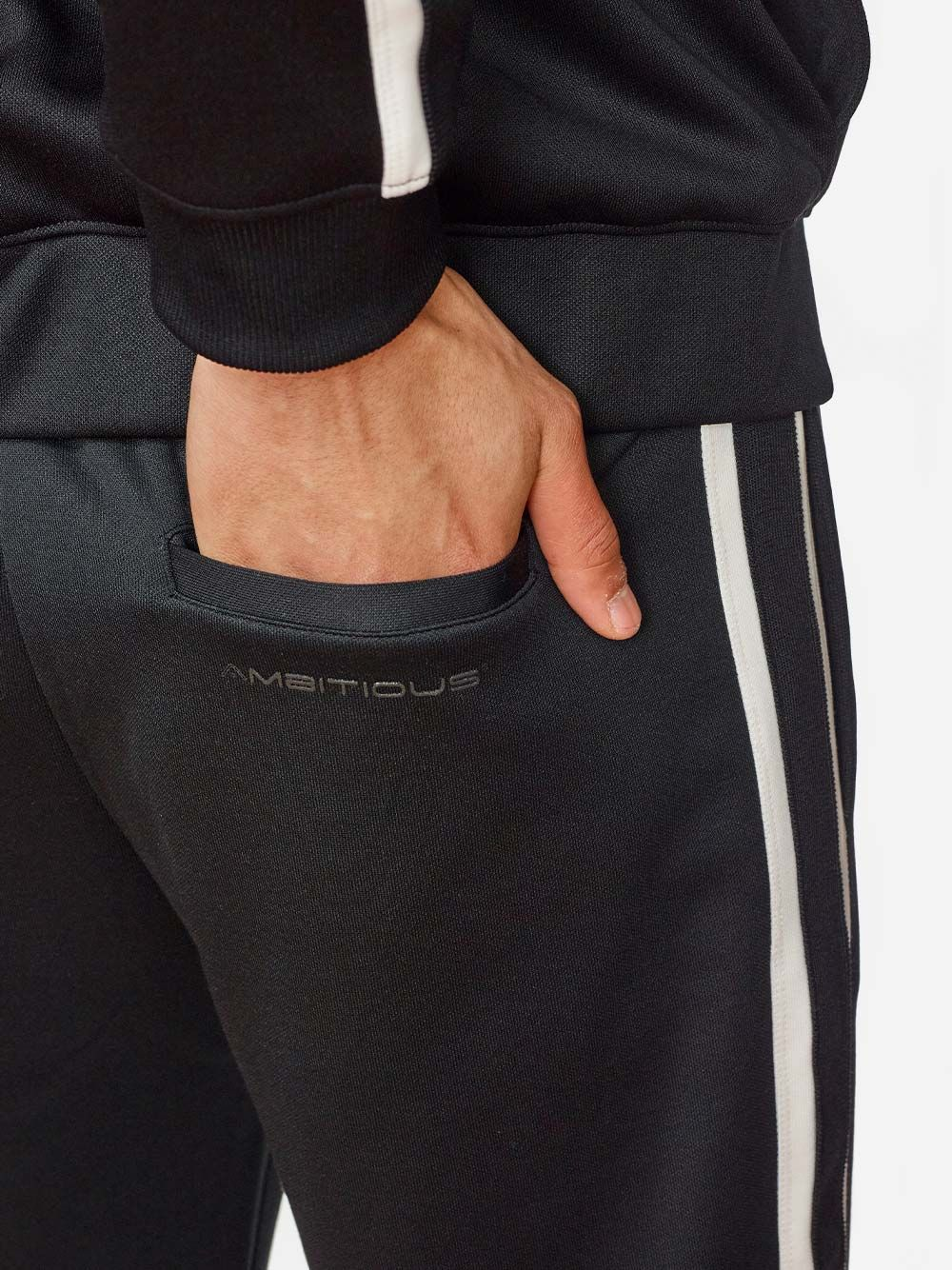 Calças Pretas Riscas | AMBITIOUS