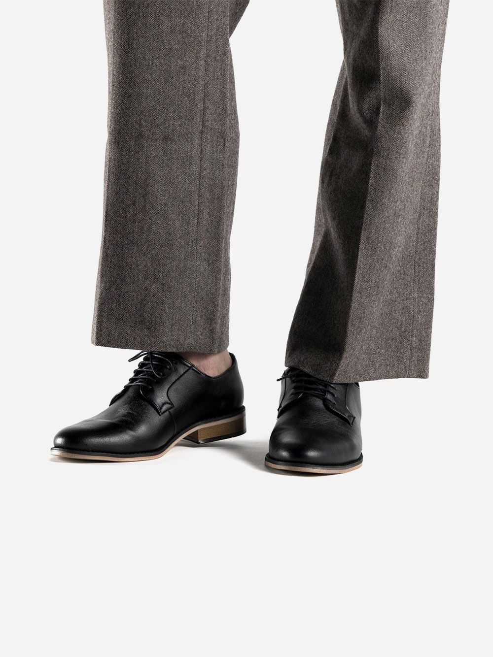Sapato Clássico Preto  Jake   Nae