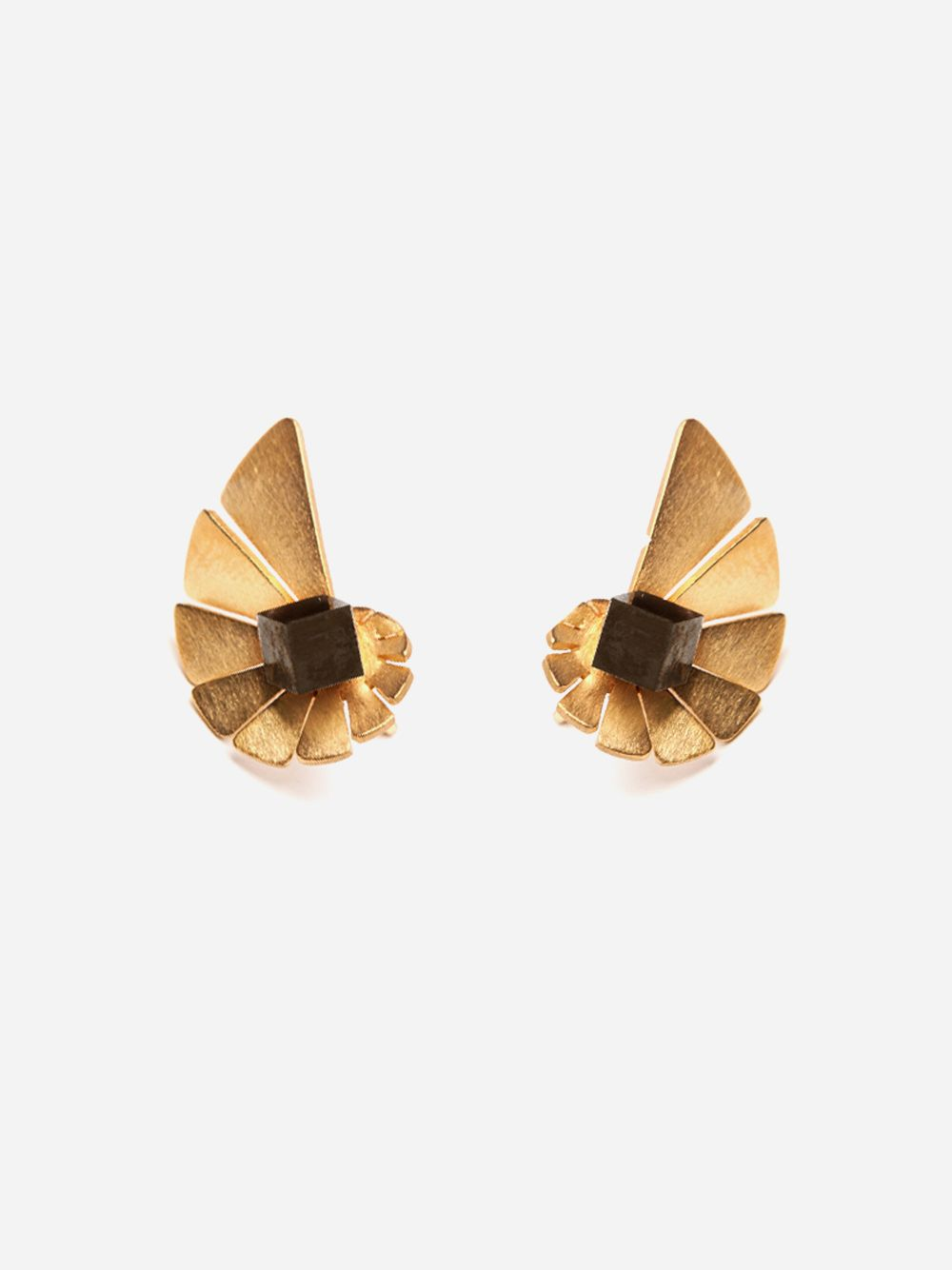 Nautilus Toujour Mini Earring | Vangloria