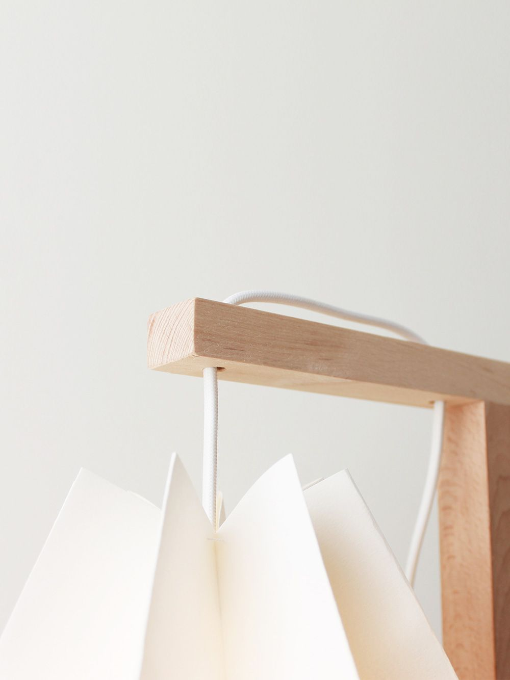 Polar White Table Lamp | Orikomi