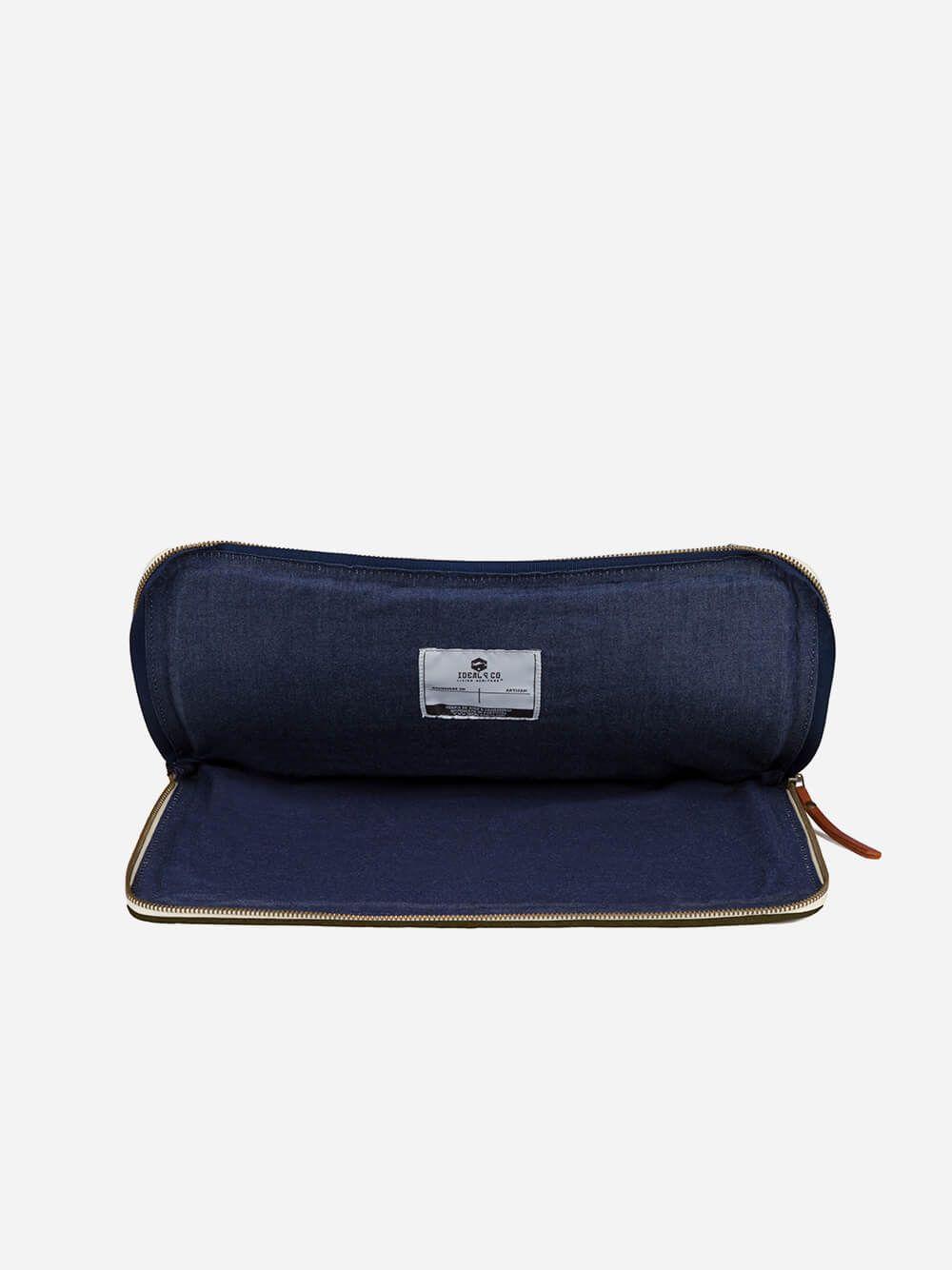 Dolinda Green Tablet-Laptop Sleeve II   Ideal & Co