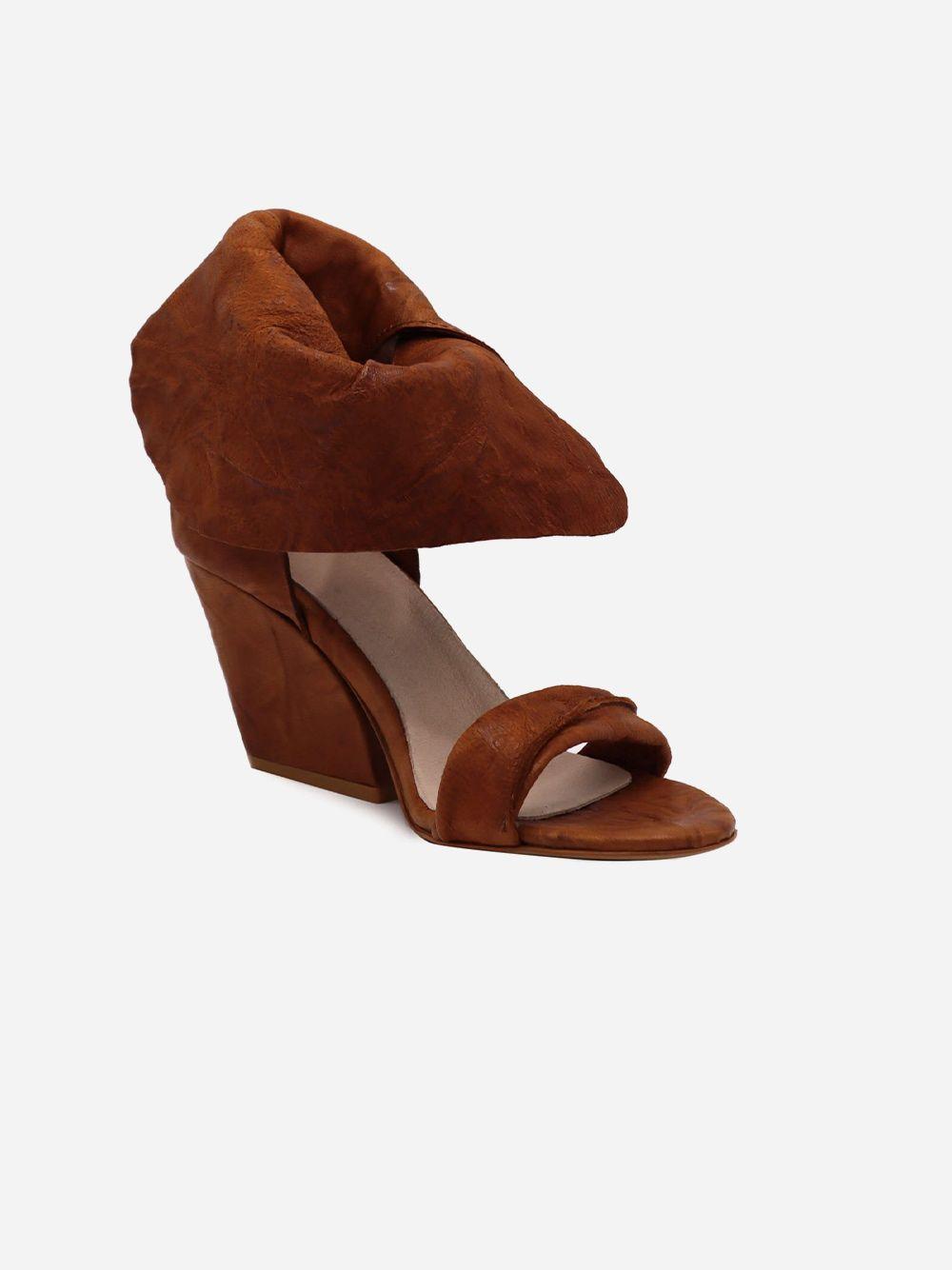 Sandálias Camel Textura   Pallas