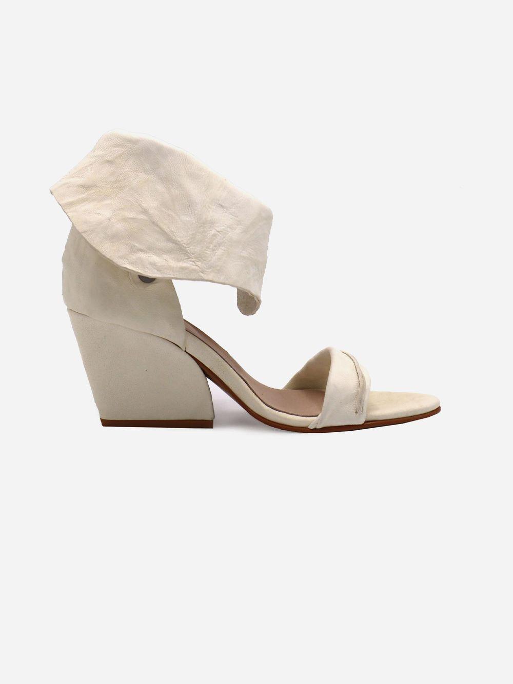 Sandálias Brancas Textura   Pallas