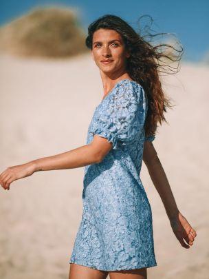 Vestido de Renda Azul