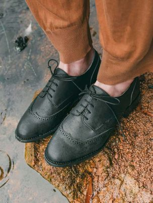 Sapatos Pretos Simon | Nae
