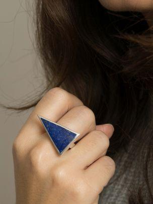 Anel Triângulo Prateado | Kimsu